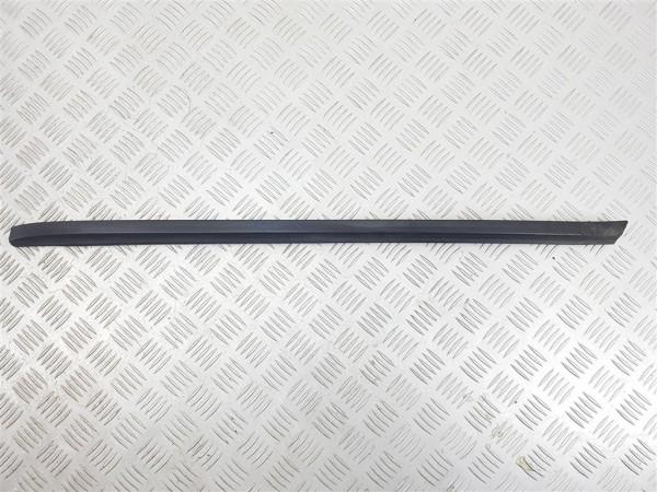 Накладка (молдинг) лобового стекла opel vectra b