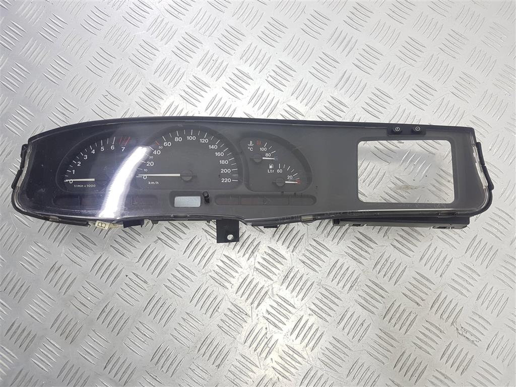 Щиток приборов (приборная панель) opel vectra b Артикул: 53266