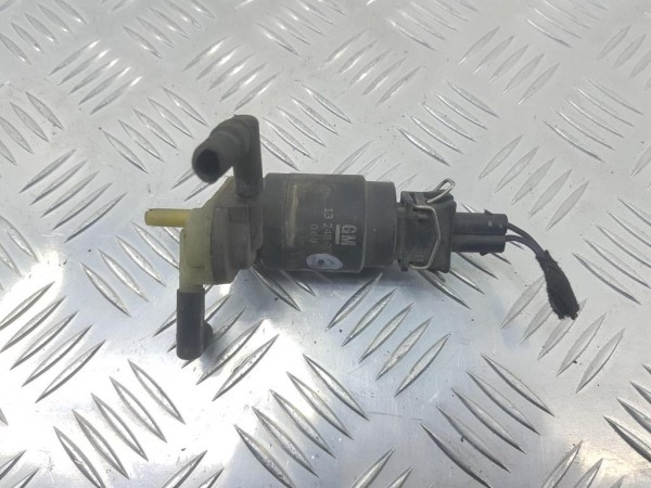 Насос (моторчик) омывателя стекла opel zafira b