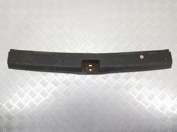 Накладка внутренняя на заднюю панель кузова (багажника) opel zafira a