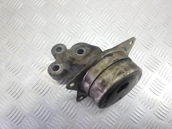 Подушка крепления двигателя (опора) opel signum