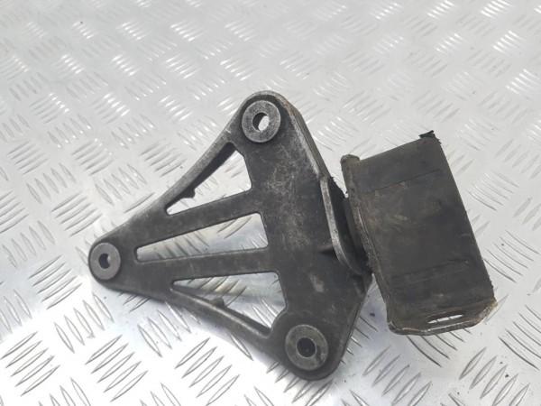 Подушка крепления КПП opel vectra c
