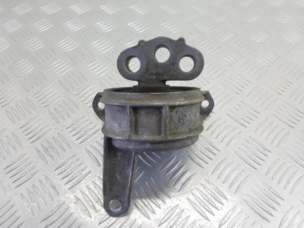 Подушка крепления двигателя (опора) opel zafira b